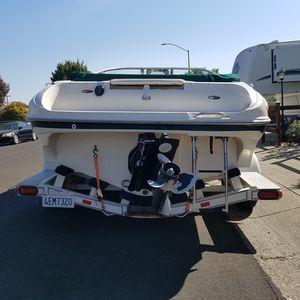 2000 bayliner capri boat for Sale in Lodi, CA