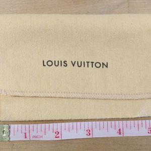 Louis Vuitton Small Dust Bag for Sale in Algonquin, IL