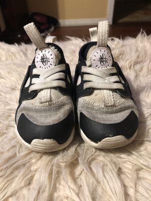 Toddler Nike Huaraches for Sale in San Antonio, TX