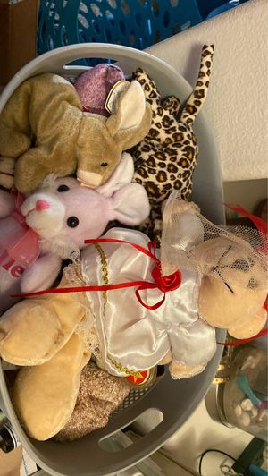 Beanie babies 5/each 4 each if you buy all for Sale in Orlando, FL