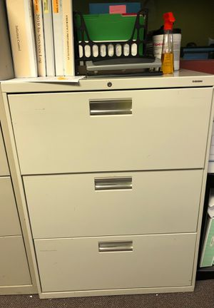 Steel filing cabinet for Sale in Westmont, IL