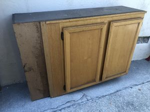 Upper cabinets about 10 linear feet. Brown 5 cabinets for Sale in Ontario, CA