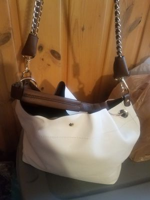 White Charming Charlie's purse for Sale in Detroit, MI