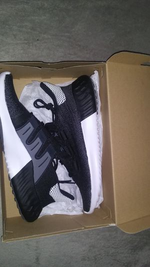 Adidas Questar Ride size 11 NEW for Sale in Wenatchee, WA