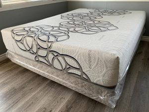 Queen Sky bamboo Cool gel memory foam mattress and boxpring for Sale in Fresno, CA