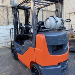 2014 Toyota 8FGCU25 Propane Forklift for Sale in Pico Rivera, CA