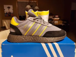 """Adidas I-5923 """"MANCHESTER SHOWERS' Brand New w/Receipt SIZE 10 for Sale in Chanhassen, MN"""