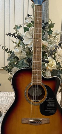 sunburst mitchell electric acoustic guitar with built in tuner for Sale in Bell Gardens,  CA