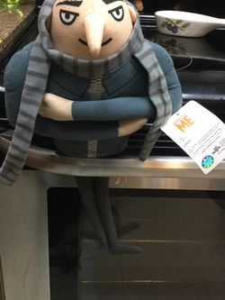 New with tags despicable me stuffed toy for Sale in Milwaukie,  OR