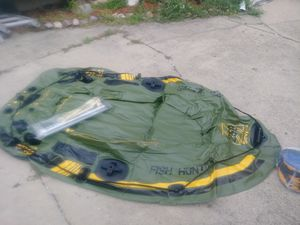 8 foot inflatable boat for Sale in Melrose Park, IL