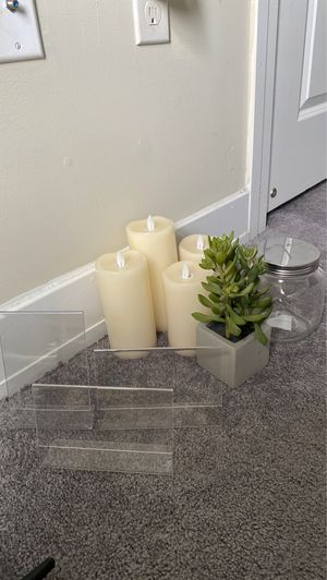 Home decor bundle! for Sale in San Marcos, TX