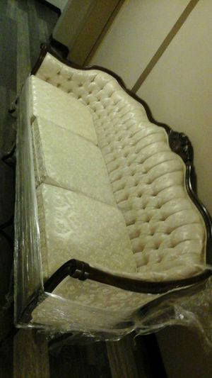 Kimball equality brand beautiful couch great condition price reduced again!! for Sale in Las Vegas, NV