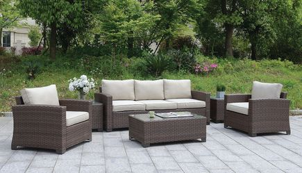 6 PIECE OUTDOOR WICKER STYLE PATIO SEATING SET SOFA ARM CHAIRS COFFEE END TABLES - MUEBLES SILLON DE PATIO - BEIGE BROWN for Sale in Downey,  CA