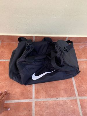 Duffle Bag for Sale in Bronxville, NY