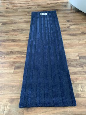 Hand tufted wool runner rug !!! 2 x 7 for Sale in Vancouver, WA