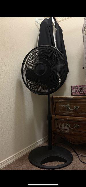 Standing Lasko Fan for Sale in Fresno, CA
