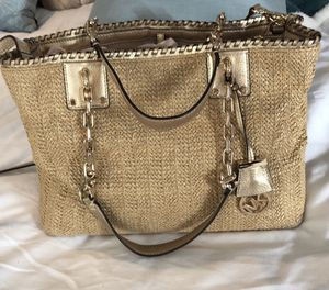 Michael Kors gold purse for Sale in Chicago, IL