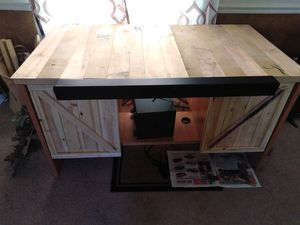 Refurbished TV stand for Sale in Claypool, IN