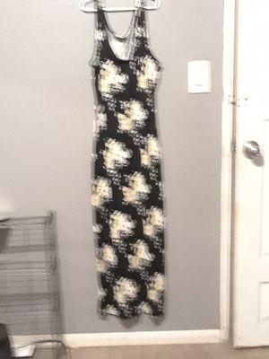 Seminuevo vestido. size S. para mujer for Sale in Bloomington, CA