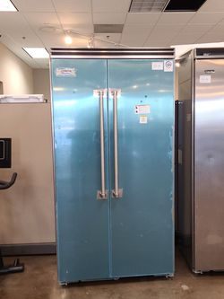 Viking Pac 42in Built In Side By Side Refrigerator for Sale in Corona,  CA