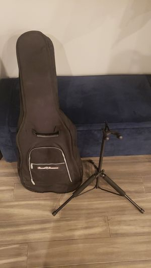 Road Runner electric guitar travel bag for Sale in Flossmoor, IL