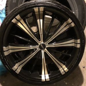 Excellent rims '20' tire great new only used 4 month only for Sale in Cranston, RI