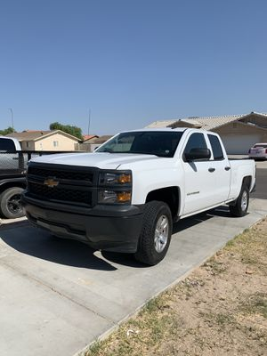 2014 Chevy Silverado 1500 for Sale in Yuma, AZ