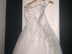 Allure Bridal Wedding dress for Sale in Newark, CA