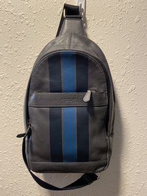 Coach Men's Sling Pack for Sale in Chowchilla, CA