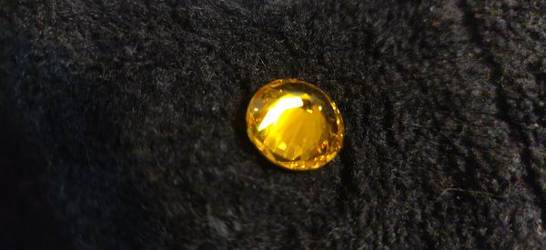 Topaz natural mined. Diamond cut