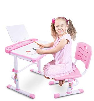 Adjustable height kids desk. Ages 3-10 for Sale in La Mirada, CA