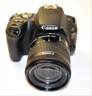 Canon EOS Rebel SL2 DSLR Camera with EF-S 18-55mm STM Lens for Sale in Miami, FL