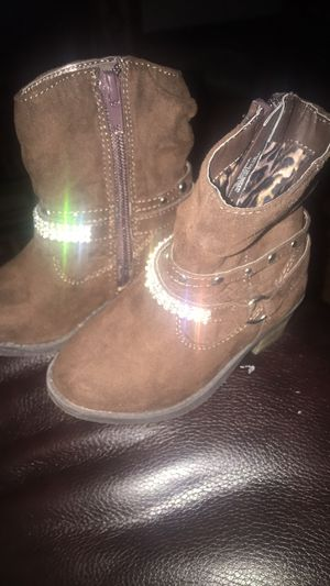 Girl toddler Boots size 6 for Sale in Memphis, TN