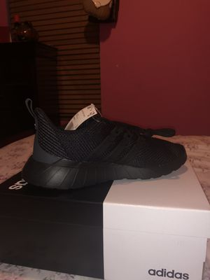 Adidas Questar Flow Shoes for Sale in Houston, TX