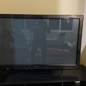 Panasonic TV Works Well for Sale in Bothell, WA