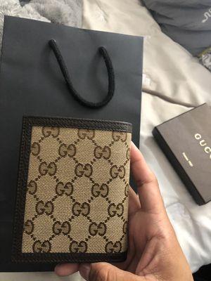 Men's Gucci wallet for Sale in Vernon Hills, IL