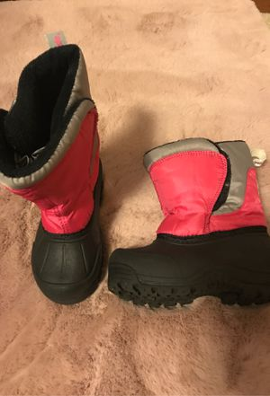 Toddler girl snow boots for Sale in Aloha, OR