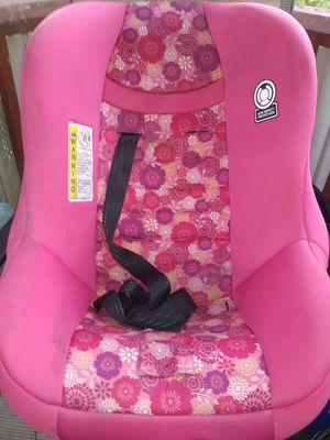 Girls car seat for Sale in Jacksonville, FL