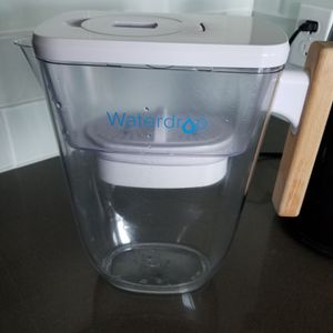 Water Filter Waterdrop 10-Cup with 1 Filter, Long-lasting (200 gallons) for Sale in San Jose, CA