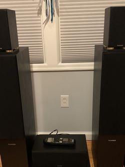 5.1 Surround Sound Setup Fluance/Marantz/Polk for Sale in Portland,  OR