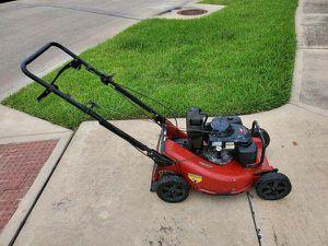 Toro Commercial Grade Lawnmower Built Like a Tank for Sale in Houston, TX