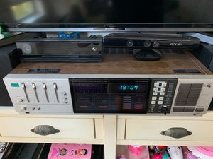 Vintage quartz synthesizer sansui z7000 stereo receiver for Sale in Beaverton, OR