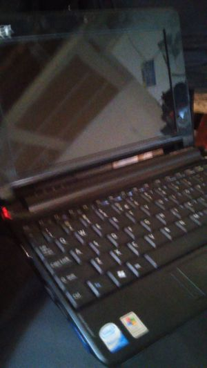 Acer mini laptop aspire one series for Sale in Las Vegas, NV