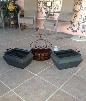 Flower pots plant home decor for Sale in Polk City, FL