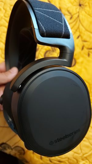 SteelSeries - Arctis 7 Wireless DTS Headphone Gaming Headset for PC and PlayStation 4 And ps5 for Sale in Los Angeles, CA
