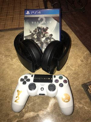 playstation 4 controller destiny 2 , headphones, game for Sale in Las Vegas, NV