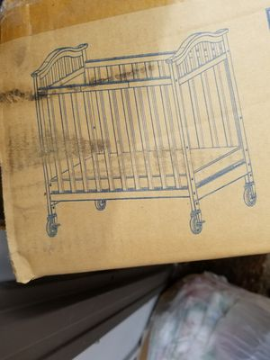 Delta Baby crib for Sale in San Diego, CA