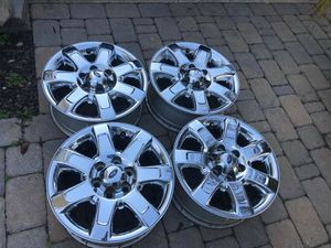 "Firm$200 (fits 2004 - 2014) 18"" Factory Chrome Clad Aluminum for Sale in Laredo, TX"