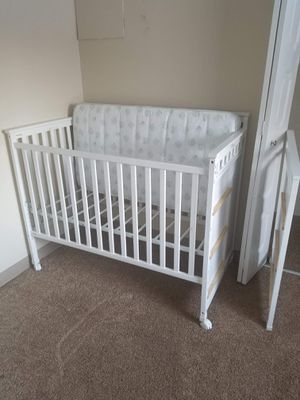 Crib for Sale in Denver, CO