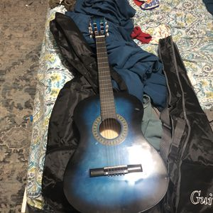 Standered Size Guitar For Starters for Sale in Queens, NY